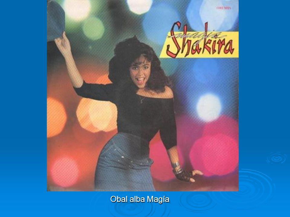 První album a druhé album Její debutové album se jmenovalo Magía (Magie) a Shakira ho nahrála v roce 1991, když jí bylo 15. Album si komerčně moc dobř