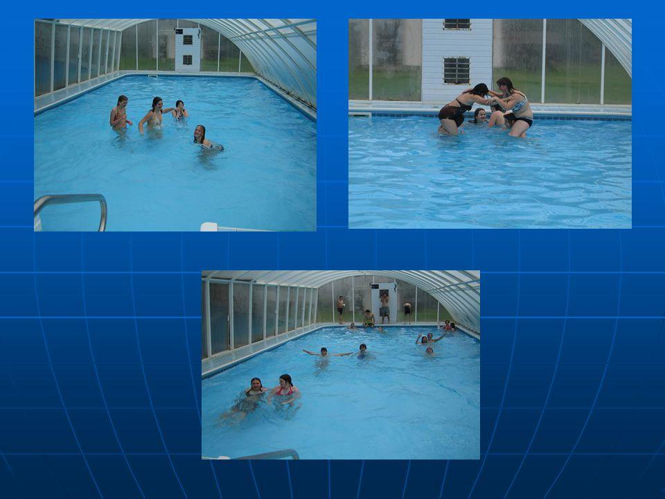 Krytý, uměle vyhřívaný bazén