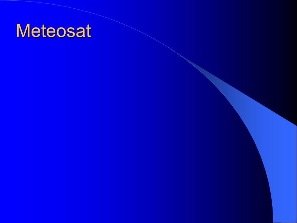 METEOSAT umístěná na nultém poledníku nad Guinejským zálivem rovníková dráha, geostacionární obraz zachycuje především Evropu, Afriku s přilehlými částmi Atlantského a Indického oceánu provoz řídí organizace ESA (Evropská kosmická agentura)