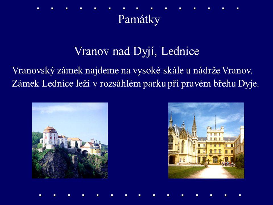 Památky Vranov nad Dyjí, Lednice Vranovský zámek najdeme na vysoké skále u nádrže Vranov.