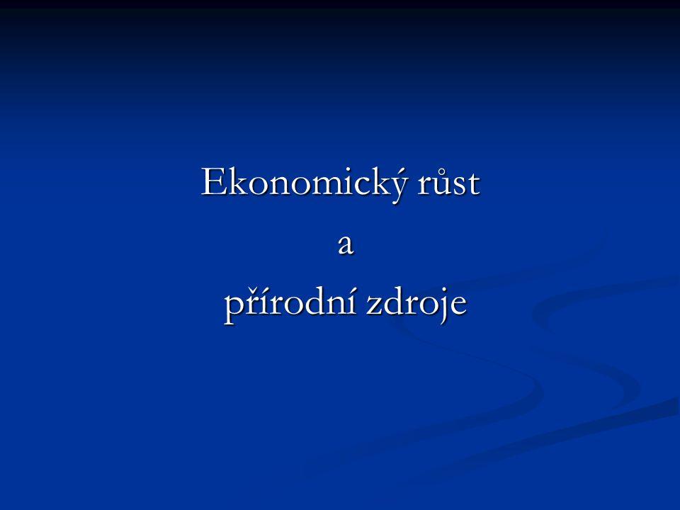 Opomíjí velmi důležitou věc – že k ekonomickému růstu jsou nezbytné určité společenské instituce, a to zejména soukromé vlastnictví.