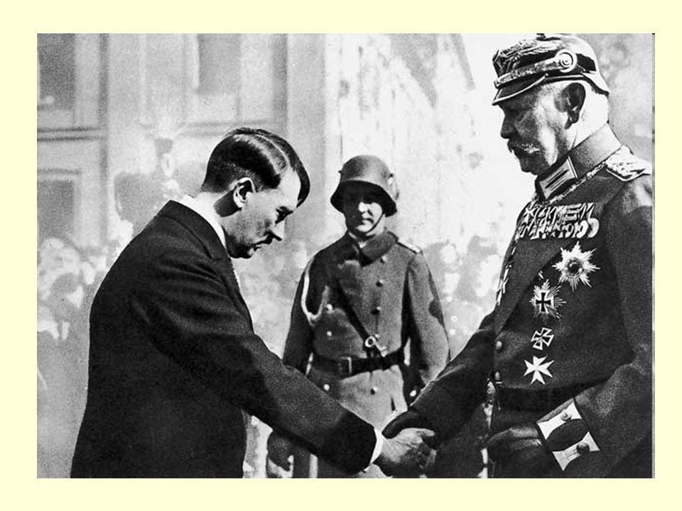 volby 1930 - NSDAP obsadila 2. místo volby 1932 - NSDAP dvakrát zvítězila předsedou říšského sněmu Hermann Göring Hitler má masovou podporu → Hindenbu