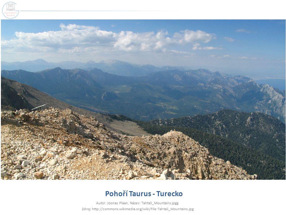 Pohoří Taurus - Turecko Autor: Joonas Plaan, Název: Tahtali_Mountains.jpgg Zdroj: http://commons.wikimedia.org/wiki/File:Tahtali_Mountains.jpg
