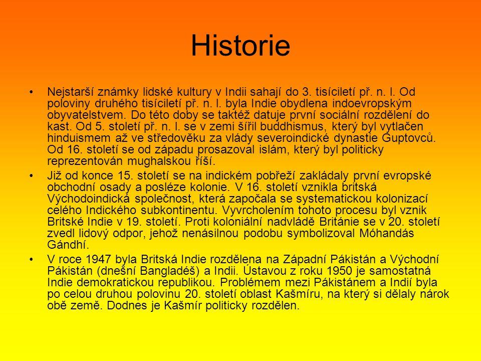 Historie Nejstarší známky lidské kultury v Indii sahají do 3.