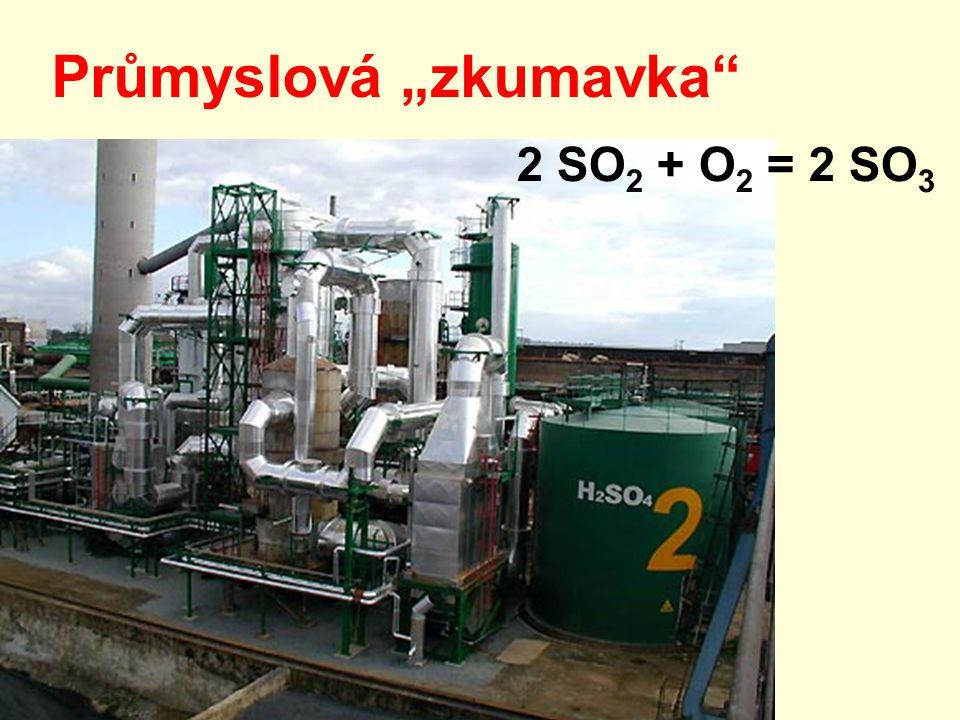 """Průmyslová """"zkumavka 2 SO 2 + O 2 = 2 SO 3"""