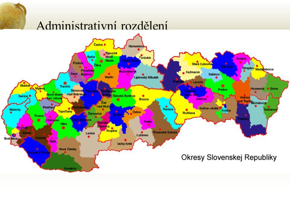 Administrativní rozdělení Od r. 1996 – 8 samostatných krajů Bratislavský kraj – Bratislava Banskobystrický kraj – Banská Bystrica Košický kraj – Košic