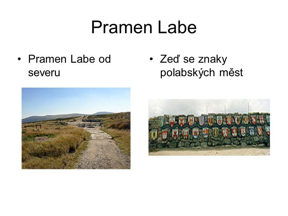 Pramen Labe Pramen Labe od severu Zeď se znaky polabských měst