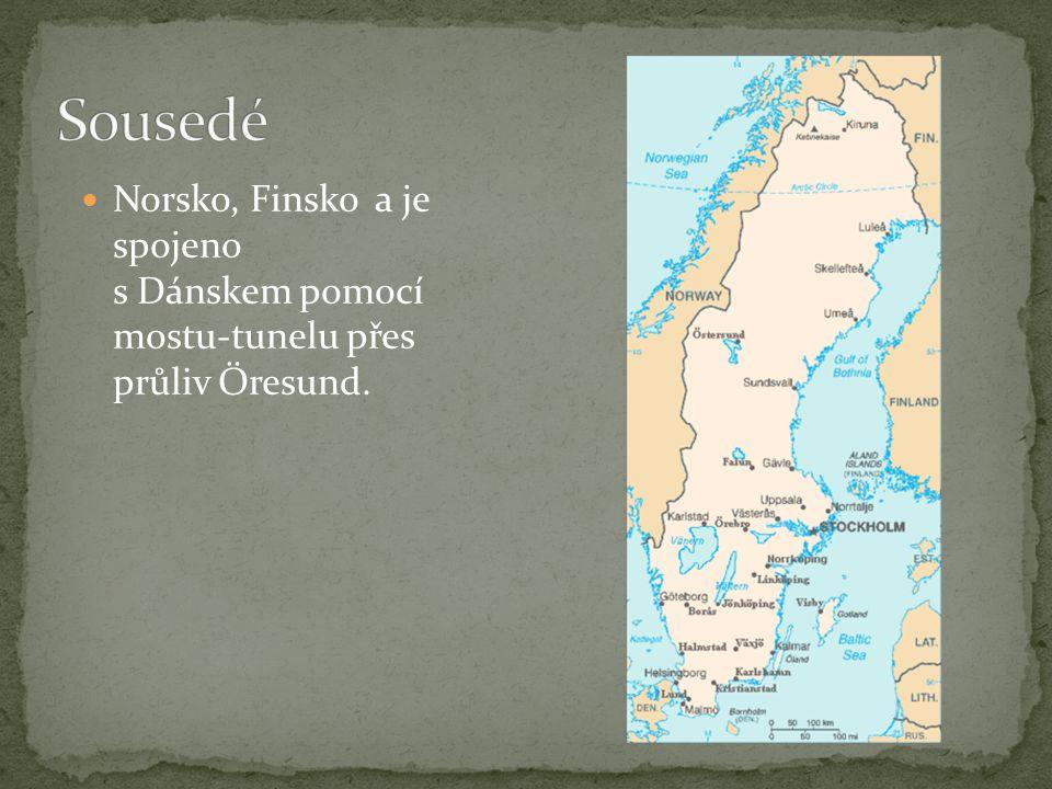Největšími ostrovy jsou Gotland a Öland. Největší jezera jsou Vänern a Vättern.