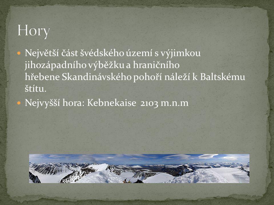 Největší část švédského území s výjimkou jihozápadního výběžku a hraničního hřebene Skandinávského pohoří náleží k Baltskému štítu. Nejvyšší hora: Keb