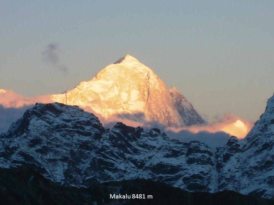 Makalu 8481 m