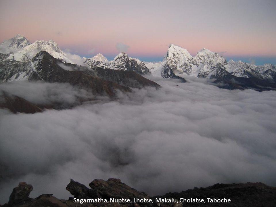 Sagarmatha, Nuptse, Lhotse, Makalu, Cholatse, Taboche