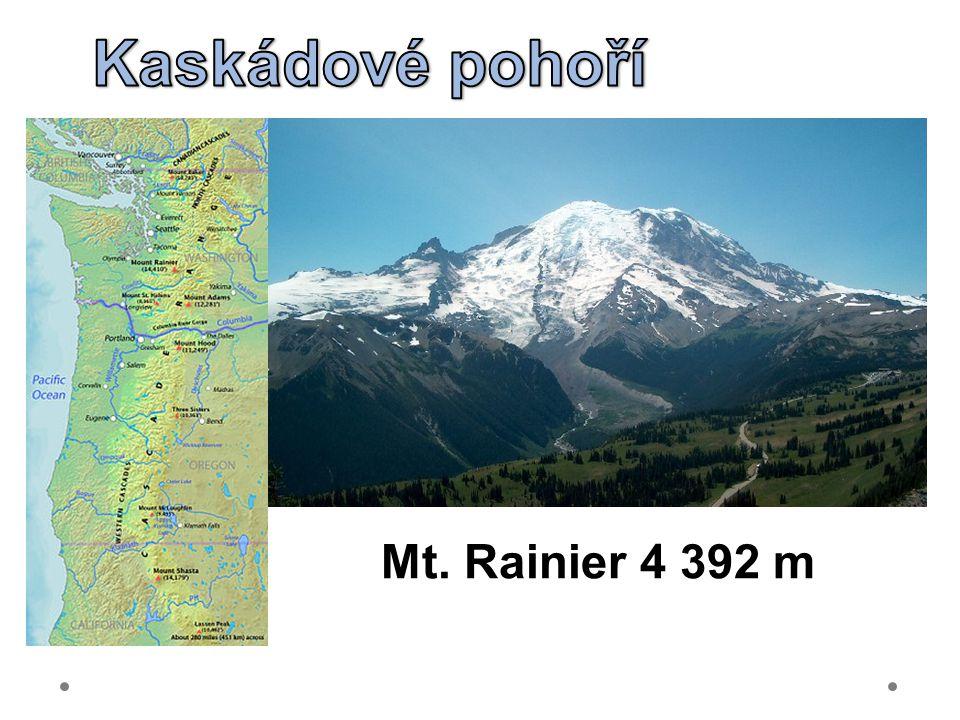 Mt. Rainier 4 392 m