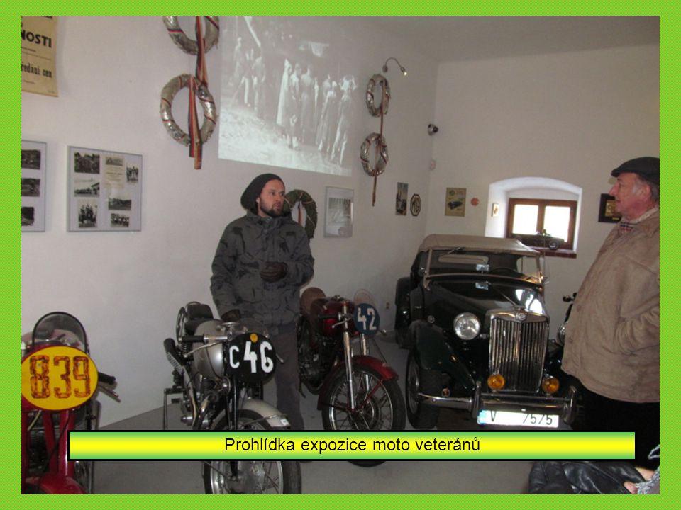 Naše první zastávka v expozici na Zelenohorské poště