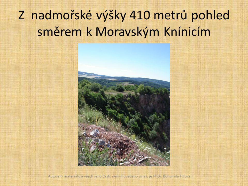 Z nadmořské výšky 410 metrů pohled směrem k Moravským Knínicím Autorem materiálu a všech jeho částí, není-li uvedeno jinak, je PhDr.