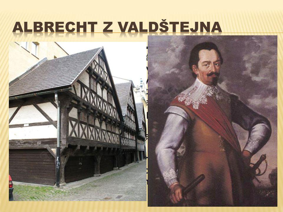 Po bitv ě na Bílé Ho ř e Redernové opoušt ě jí Frýdlant i Liberec a na jejich místo p ř ichází Albrecht z Valdštejna.