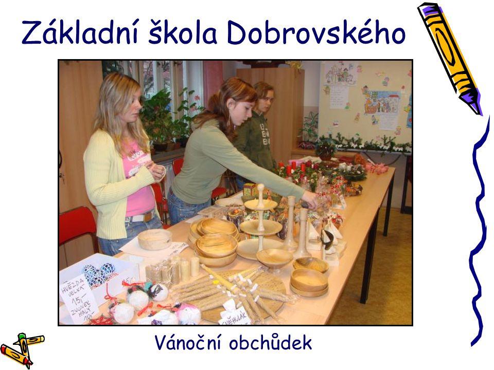 Základní škola Dobrovského Vánoční obchůdek