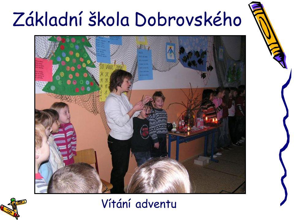 Základní škola Dobrovského Vítání adventu