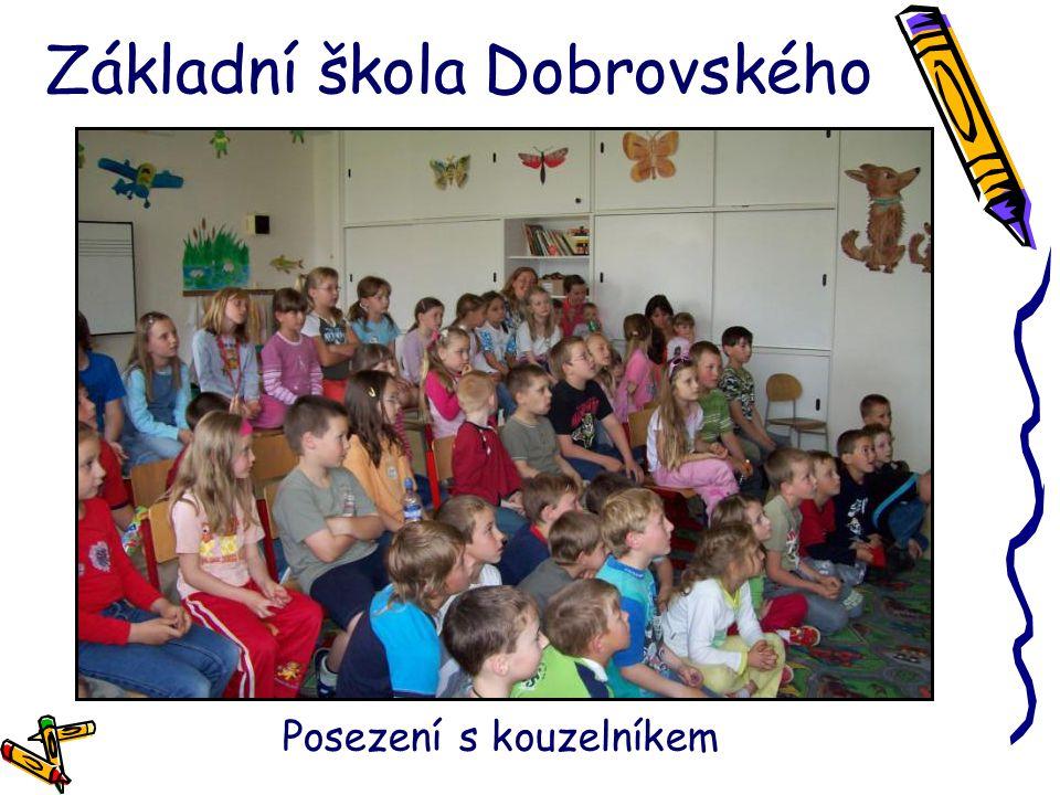 Základní škola Dobrovského Posezení s kouzelníkem