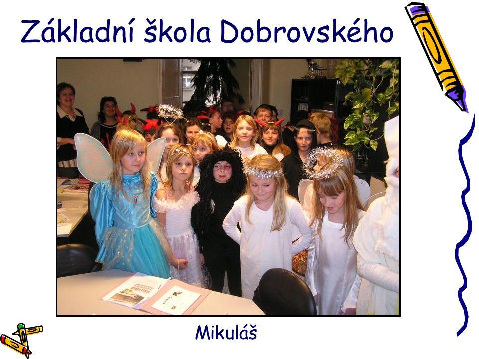 Základní škola Dobrovského Vánoční besídka