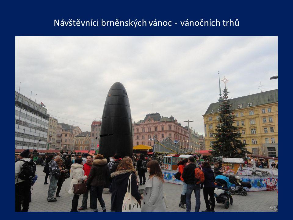 Návštěvníci brněnských vánoc - vánočních trhů