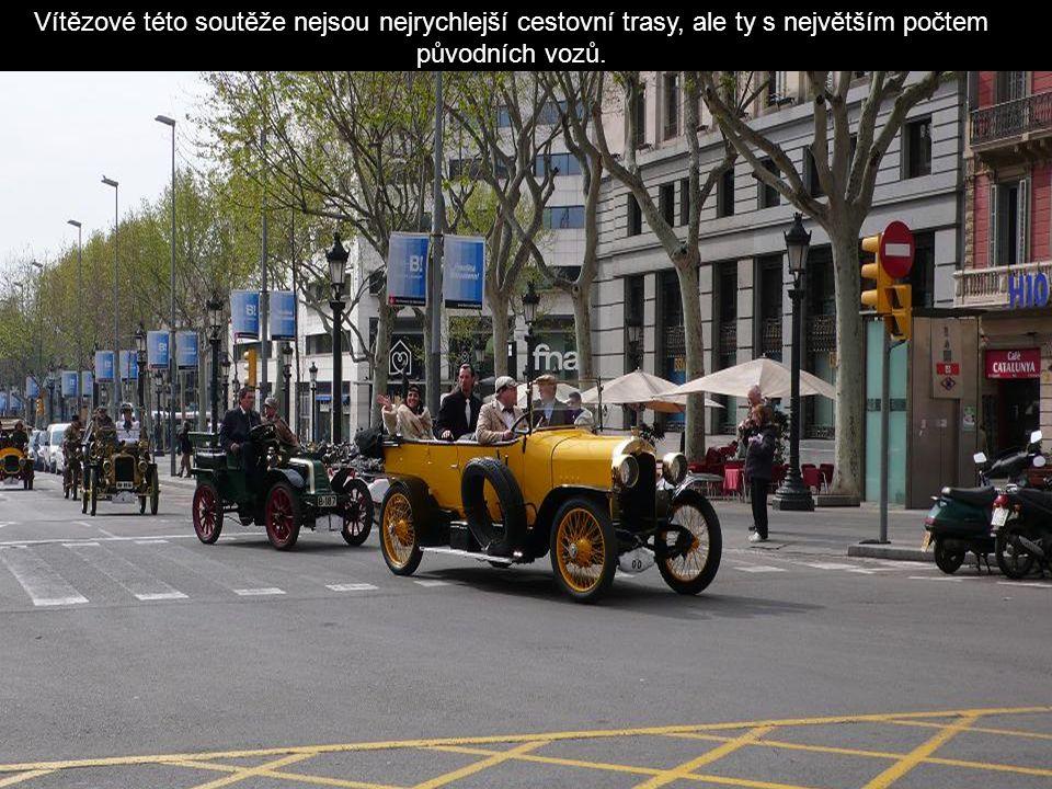 Je to koncentrace vozidel, autentické muzeum kusů vyrobených před rokem 1900 do roku 1924.