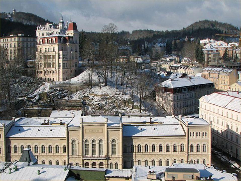 Karlovy Vary (německy Karlsbad, anglicky Carlsbad) je statutární město v západních Čechách a metropole Karlovarského kraje počet obyvatel ve městě se pohybuje kolem 50 tisíc město je významným lázeňským střediskem se známým sklářským a potravinářským průmyslem; je to vůbec nejnavštěvovanější lázeňské město v České republice Karlovy Vary leží na soutoku řek Ohře, Rolava a Teplé město se nachází nedaleko zalesněné oblasti CHKO Slavkovský les a vojenského újezdu Hradiště s charakteristickou flórou a faunou