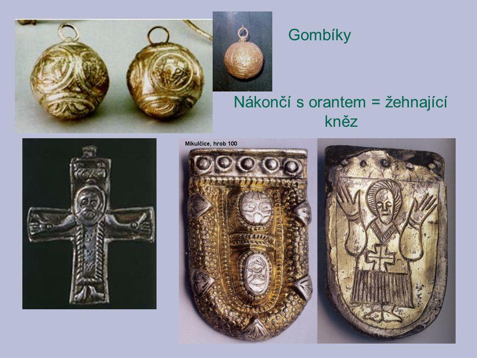 Nákončí s orantem = žehnající kněz Gombíky