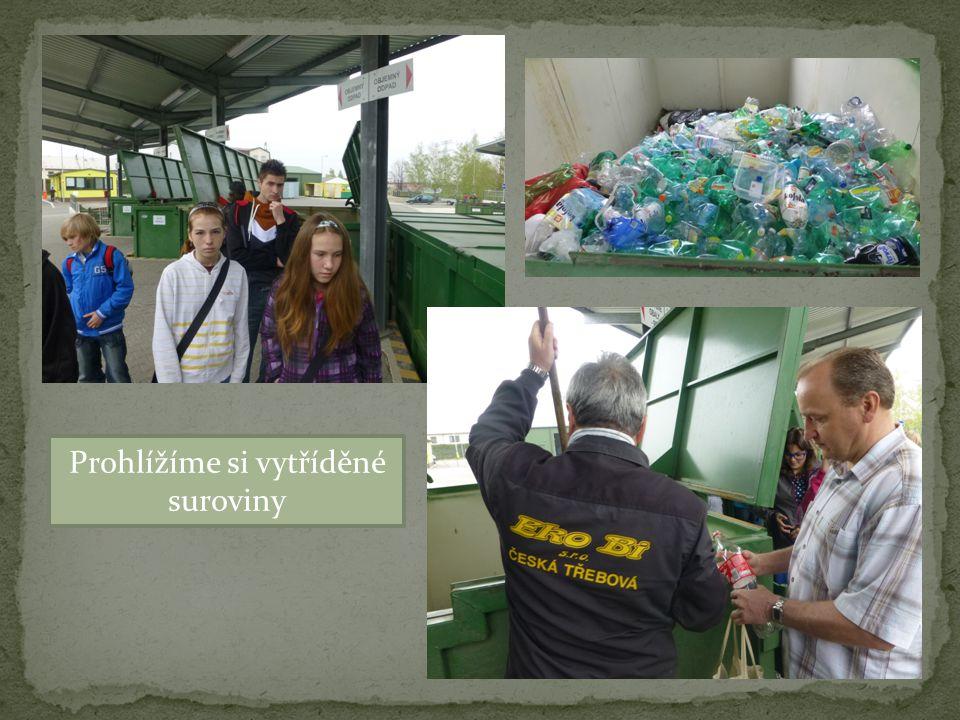 Dovídáme se jak správně sešlápnout PET lahev. Jsme poučeni o nebezpečnosti eternitového odpadu.