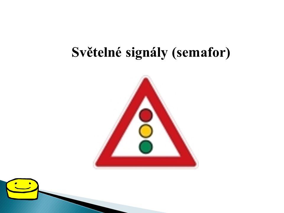 VÝSTRAŽNÉ DOPRAVNÍ ZNAČKY Výstražné dopravní značky upozorňují na místa, kde nám hrozí nebezpečí a kde musíme dávat větší pozor. Mají tvar červeného t