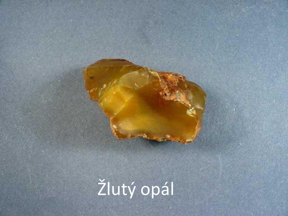 Žlutý opál