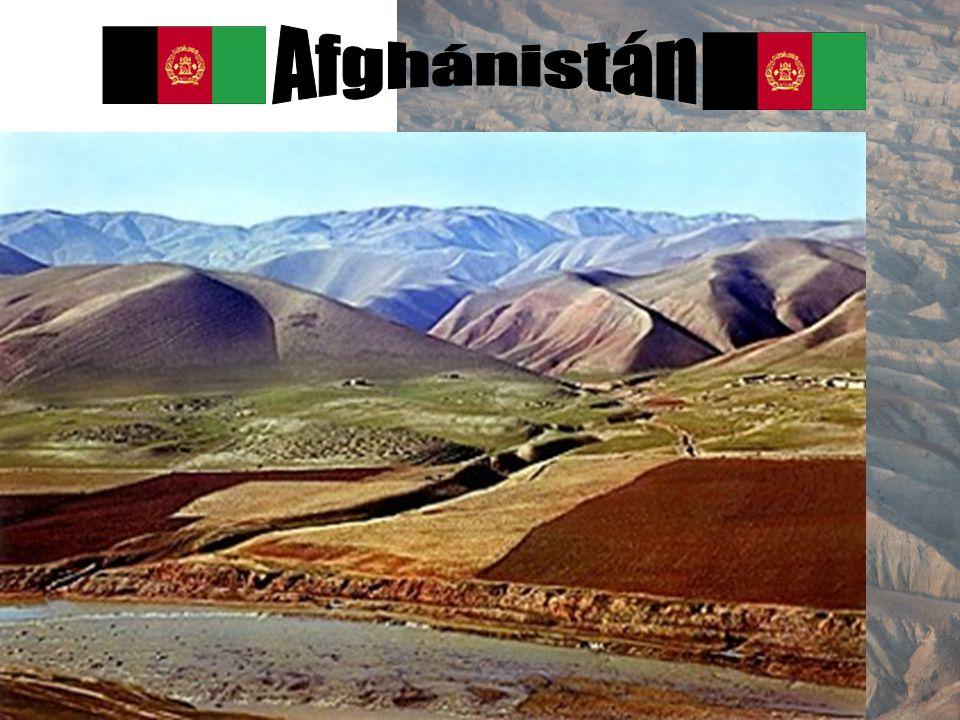 Přírodní podmínky Drsná hornatá země s rovinami na severu a severozápadě nejvyšší pohoří: Hindúkúš, Pamír, nejvyšší hora Nowshak 7462 m n. m. Řeky: Am
