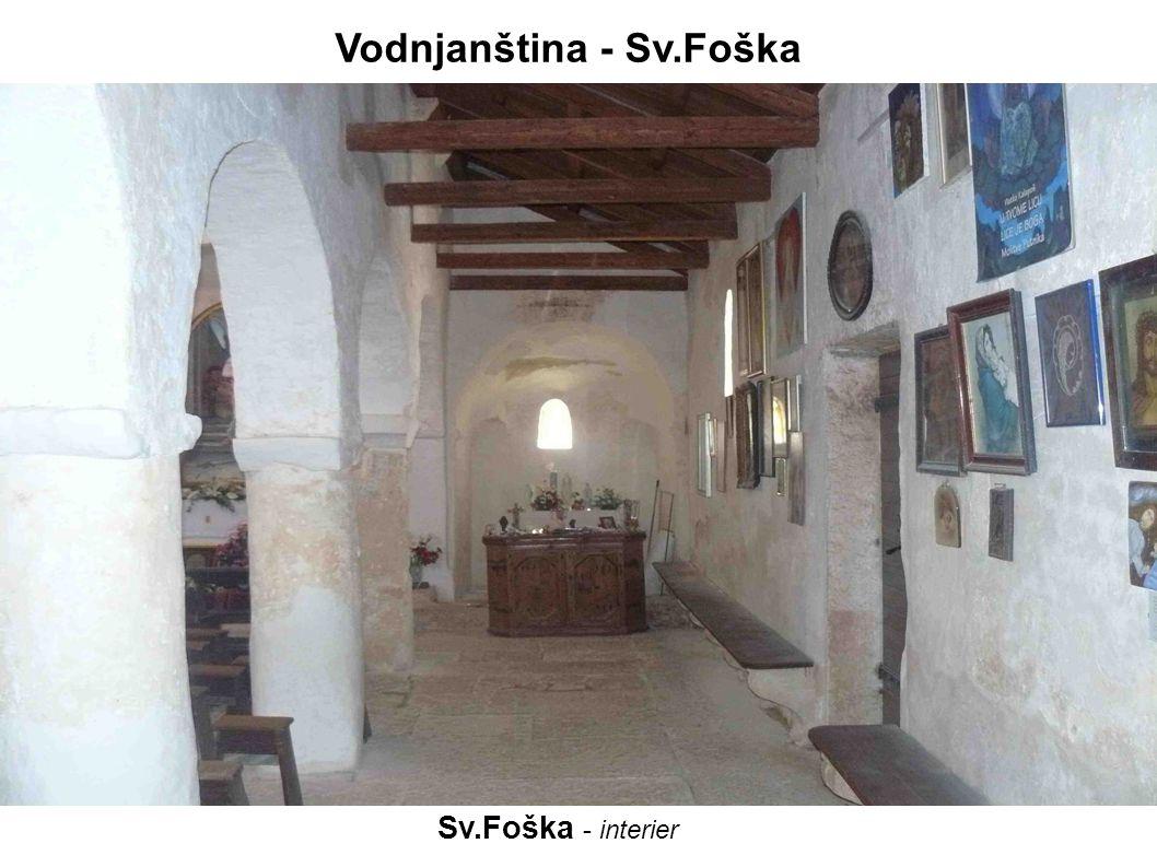 Stará Gajana – zvonice z 12.stol.přilehlý kostel opuštěn a postupně rozebrán Vodnjanština - Gajana