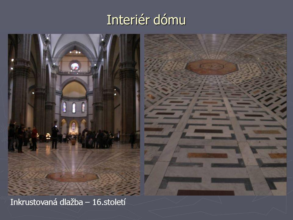 Interiér dómu Inkrustovaná dlažba – 16.století
