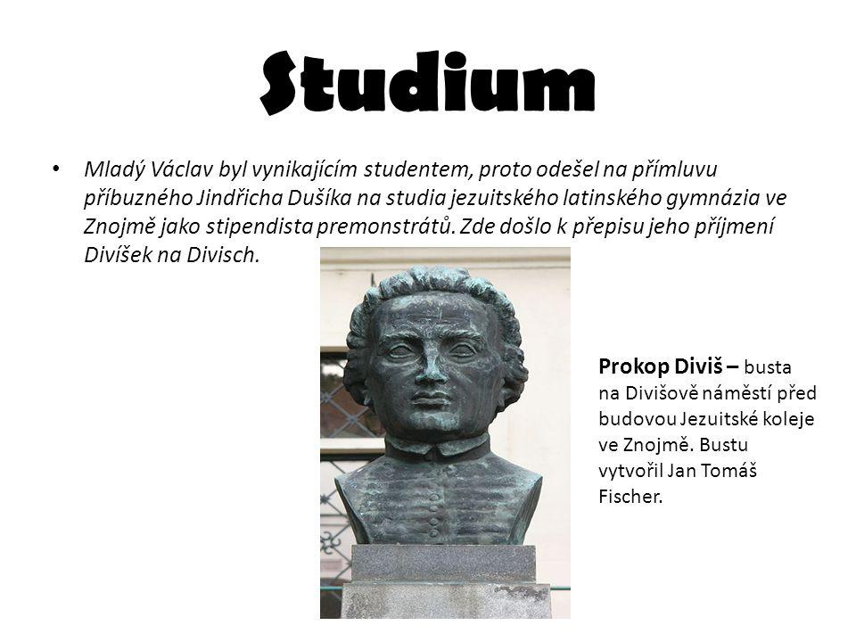 Studium Mladý Václav byl vynikajícím studentem, proto odešel na přímluvu příbuzného Jindřicha Dušíka na studia jezuitského latinského gymnázia ve Znoj