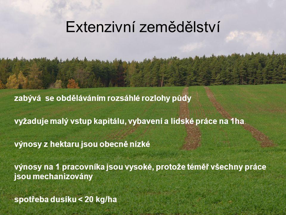 Výměra zemědělské půdy v EZ a počet podniků v EZ