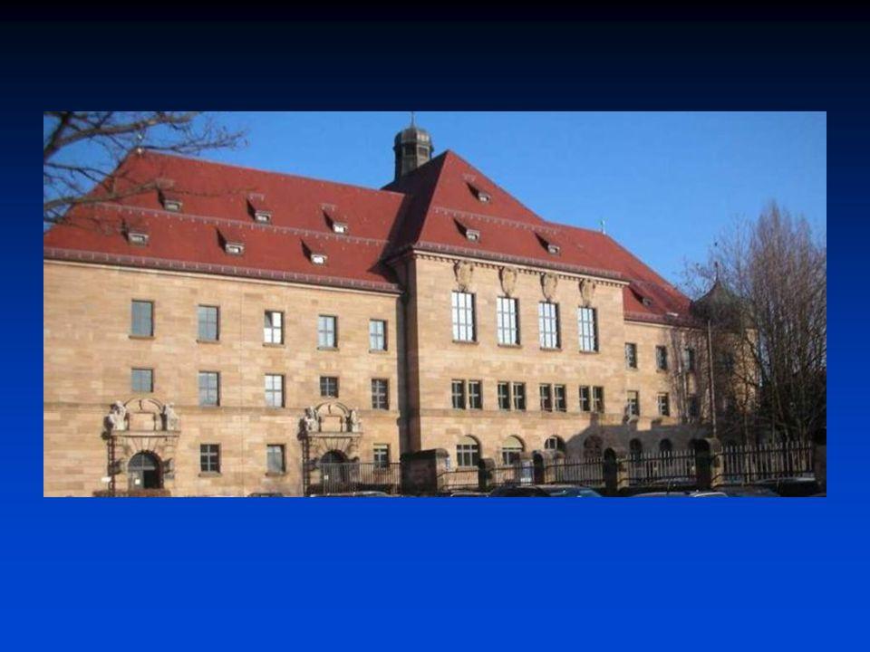 Norimberský proces (listopad 1945 – říjen 1946)  12 úhlavních viníků odsouzeno k trestu smrti oběšením (Göringova sebevražda)  ostatní odsouzeni na doživotí, 10, 15 příp.