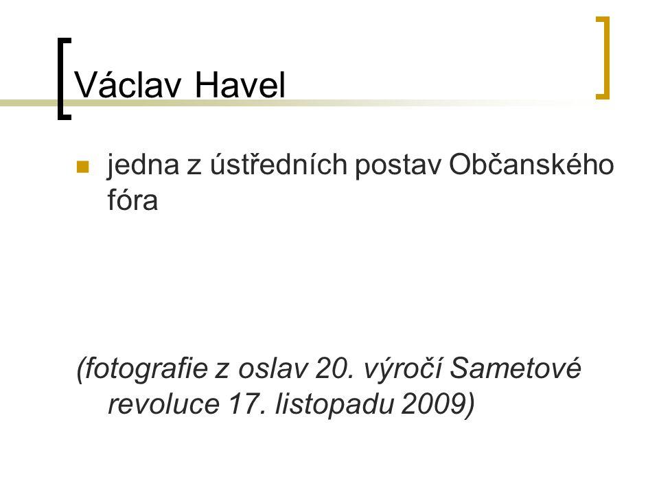 Václav Havel jedna z ústředních postav Občanského fóra (fotografie z oslav 20.