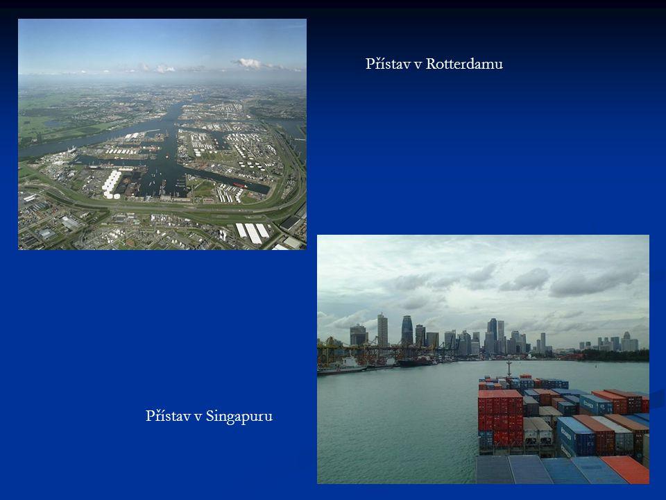 Přístav v Rotterdamu Přístav v Singapuru