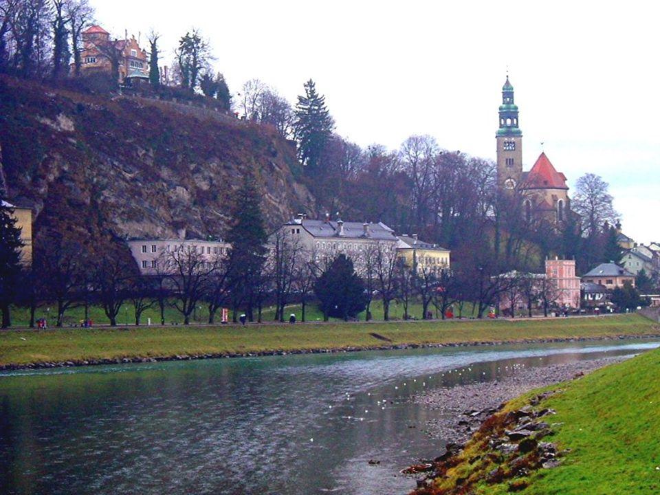 Staré město salzburské historické městské jádro bylo v r. 1996 zapsáno na Seznam světového dědictví UNESCO