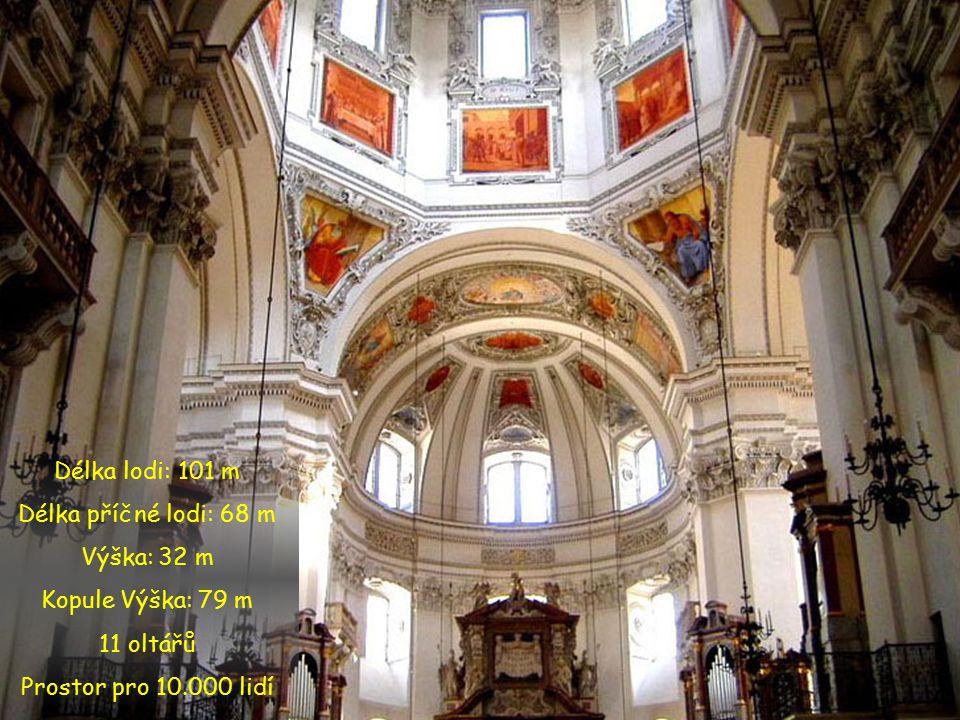 Nepřehlédnutelnou dominantou Salzburgu je jednoznačně Salcburský chrám. Jde o nejznámější sákrální stavbu města, která byla mnohokrát zničena požárem.