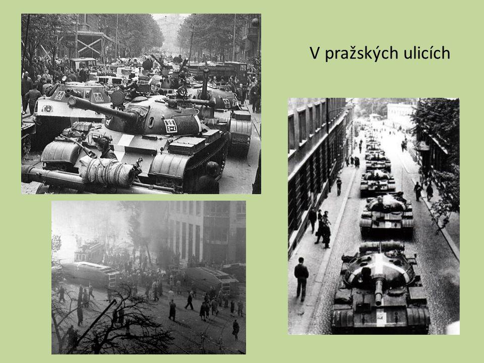 V pražských ulicích