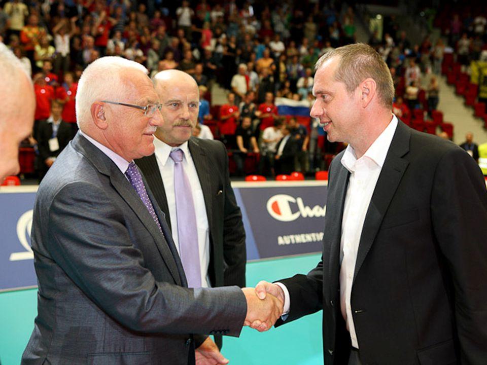 Mezinárodní činnost Kongres CEV - Vídeň (září 2011) – Dr.