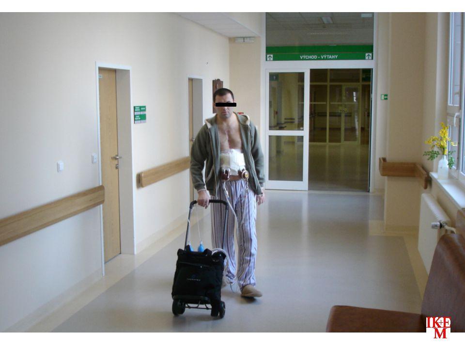 PROGRAM MECHANICKÝCH SRDEČNÍCH PODPOR V IKEM  naděje pro pacienty  IKEM – ambice být národní transplantační centrum – v roce 2011 – cca 64 % všech transplantací – 43 srdcí  most k transplantaci  více transplantací  péče stojí peníze…