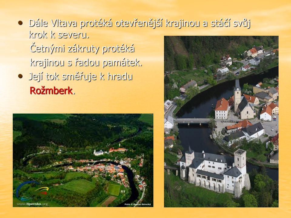 Skalnatým údolím Skalnatým údolím vstupuje do vstupuje do Českého Krumlova. Českého Krumlova.
