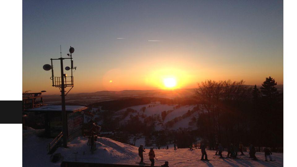 Jak to začalo...-Náš lyžařský výcvik byl zahájen 11.1.2015.