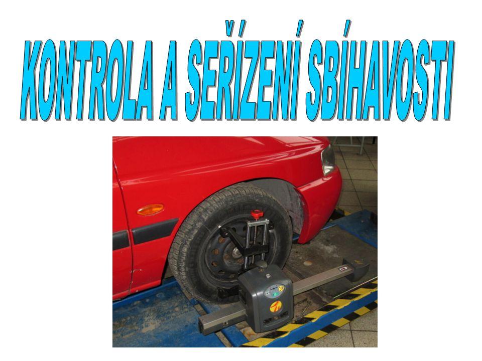 PŘÍPRAVA VOZIDLA Ustavení vodidla na zvedák Pod kola umístíme měřící plošiny Kontrola tlaku v pneumatikách Kontrola technického stavu podvozkových částí – vůle Kontrola vůlí v řízení Kontrola předepsané světlé výšky Zajištění předepsaného zatížení vozidla