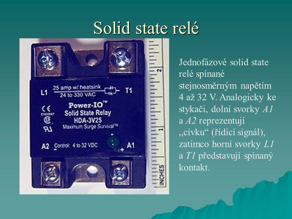 """Solid state relé Jednofázové solid state relé spínané stejnosměrným napětím 4 až 32 V. Analogicky ke stykači, dolní svorky A1 a A2 reprezentují """"cívku"""