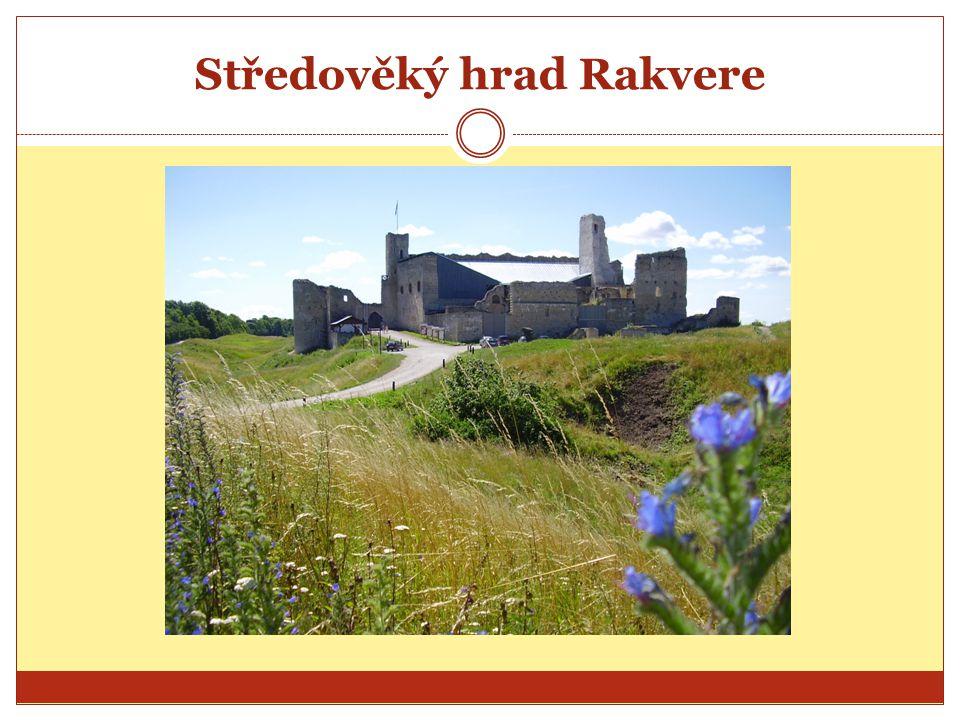 Středověký hrad Rakvere