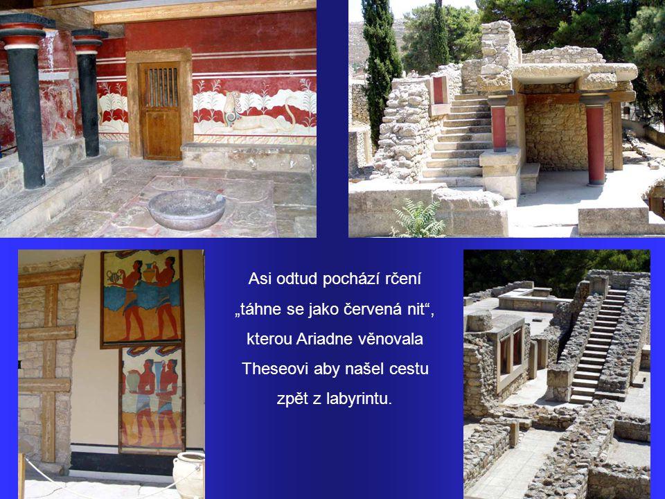 Palác v Knóssu – v mytologii sídlo krále Minoa, který zde držel v zajetí Minotaura.