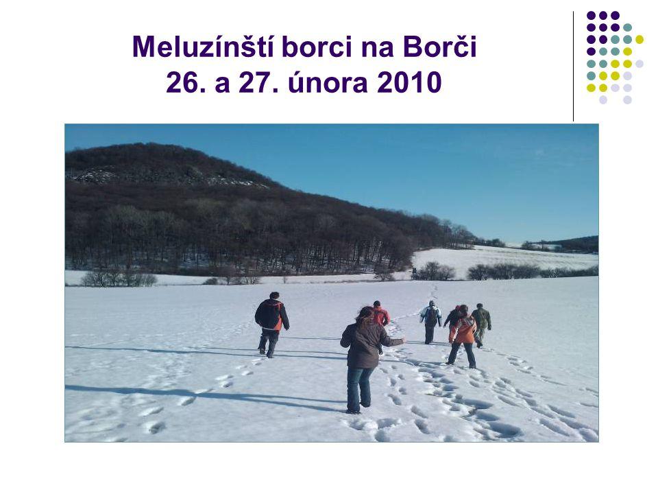 V pátek se nás 5 hrdinů sešlo u Radka a Lenka s Martinou a Mirkou šly nasát atmosféru Šimánkovy cestovatelské prezentace o půlročním putování po ruské přírodě.